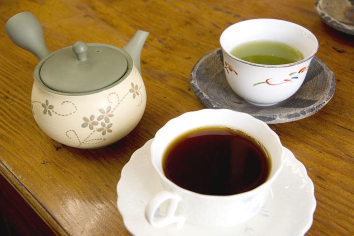 木村園の定番商品『とろりん茶』と『珈琲煎香』でティータイム!